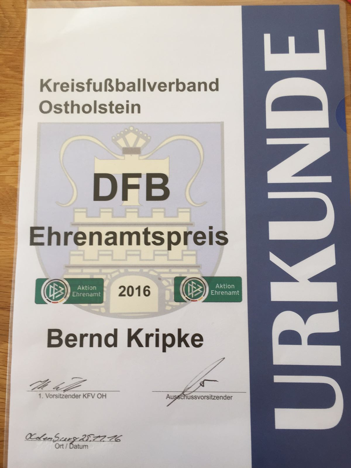 Urkunde Bernd DFB Ehrenamtspreis
